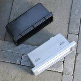 Kunstofbox met inbouw wandlamp
